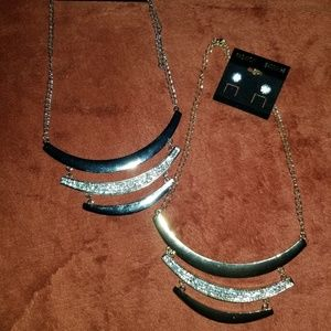 New Gold/Silver Rhinestone Necklace Bundle Set